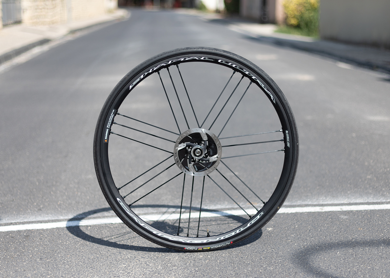 Campagnolo Shamal Ultra DB – La meilleure roue aluminium à disque