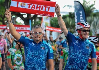 Photo Massimo Colombani. Richard Virenque et Henri Sannier sont amoureux de Tahiti !