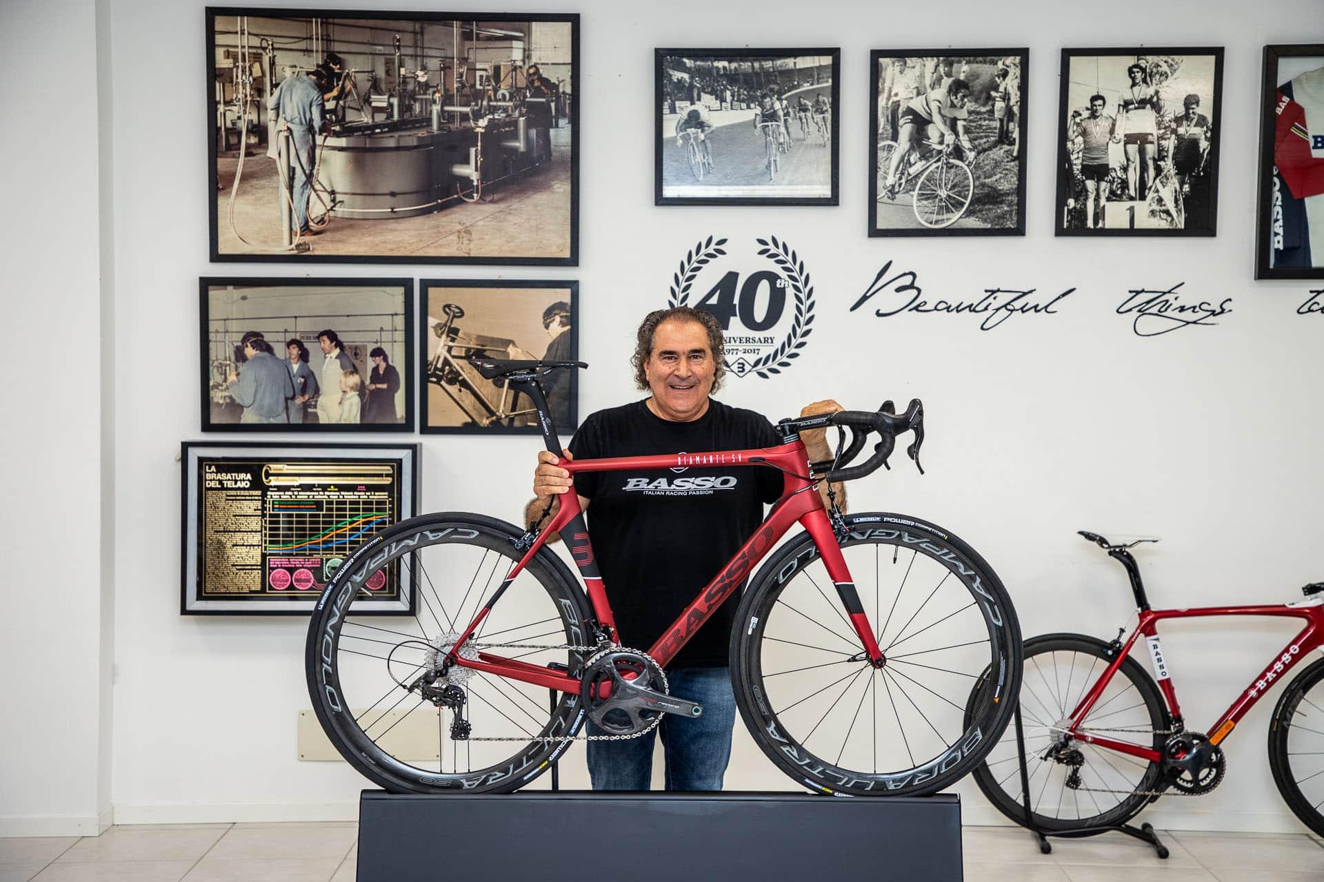 Alcide Basso, l'homme passionné qui écrit l'histoire de Basso Bikes depuis quatre décennies.