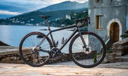 Le Specialized Aethos se décline en version Pro et Expert